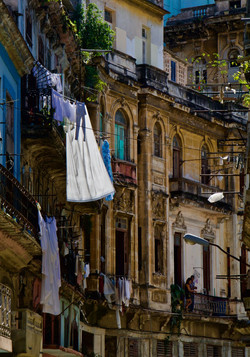 laundry drying, Havana