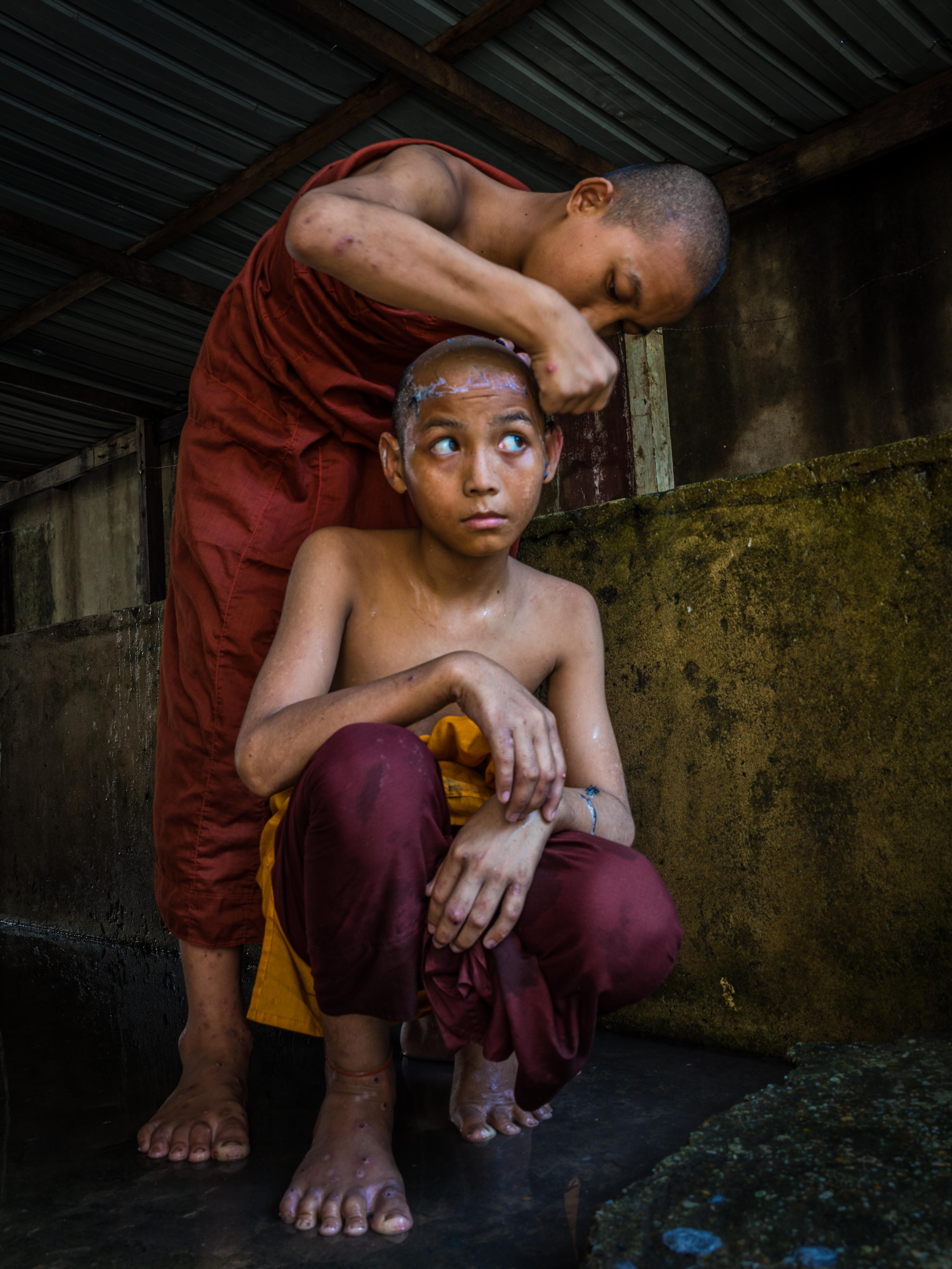 shaving, novice monk
