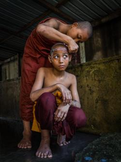 shaving, novice monk