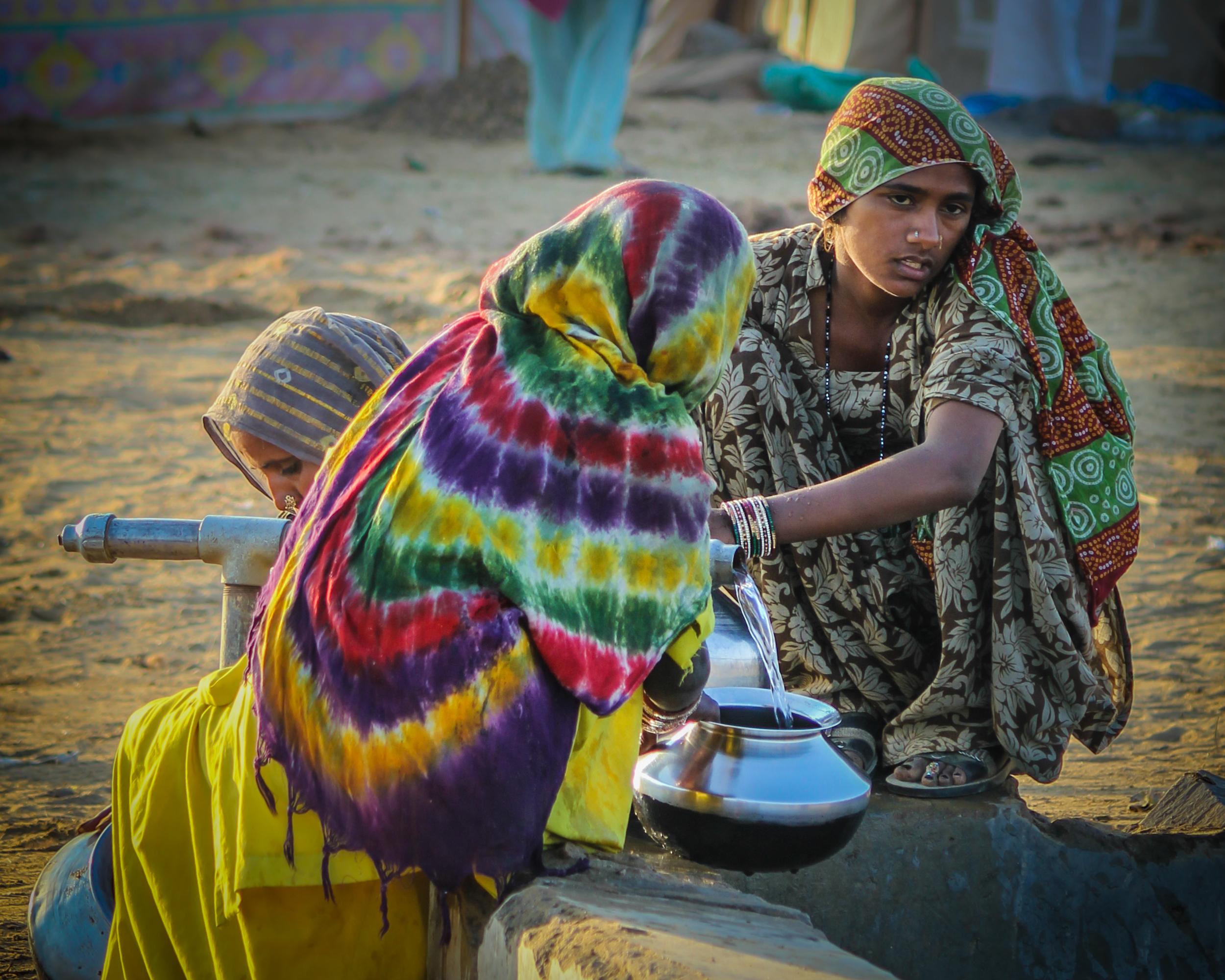 fetching water, Pushkar India