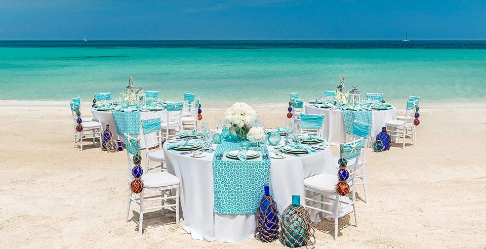 Honeymoon -Wedding Inspiration