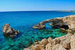 bay-beach-blue-373409.jpg