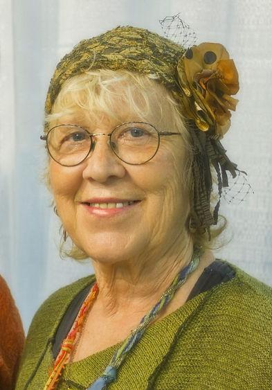 Diane-Tessman-714x1024.jpg