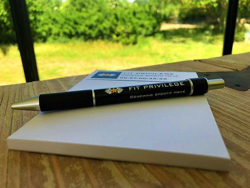 stylo-min.jpg