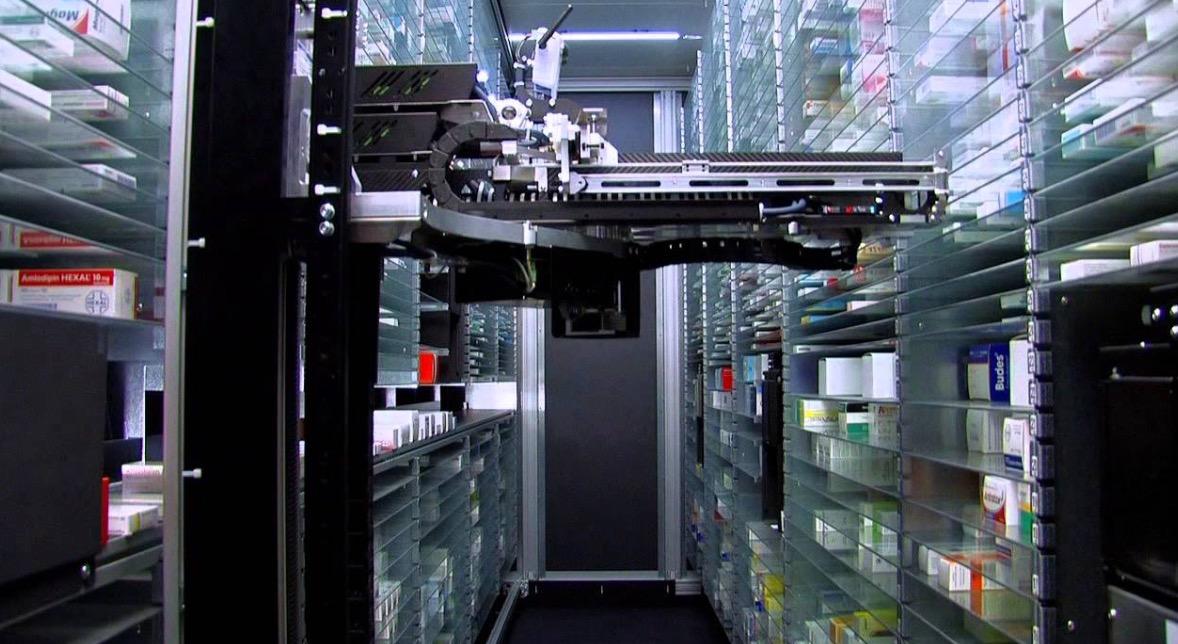 Robotic picking system