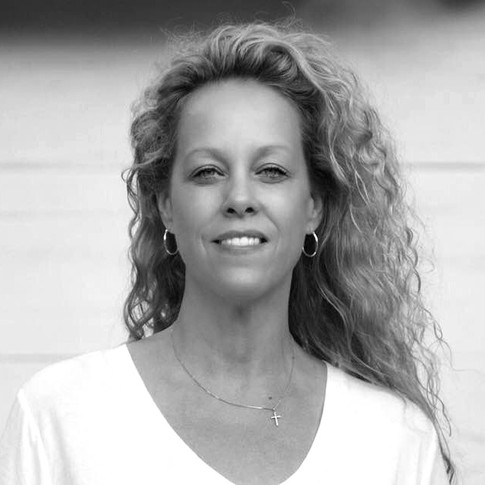 Miss Wendy Laidlaw (Owner)