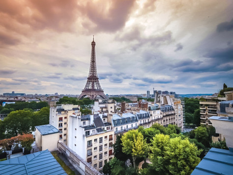 Quick Trip Guide to: Paris