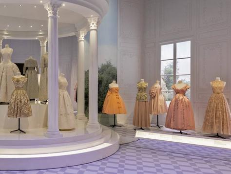 'Christian Dior: Designer of Dreams' Review - V&A