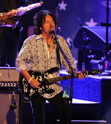 Steve Lukather 2.jpg