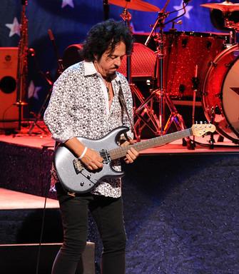 Steve Lukather 7.jpg