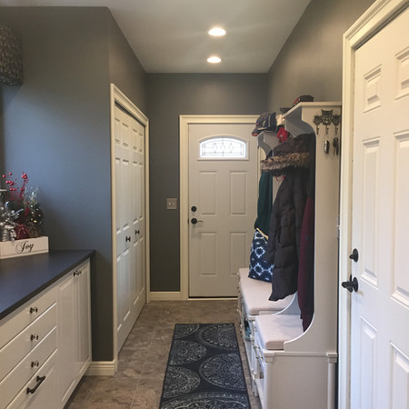 Multifunctional Mud Room and Laundry Room