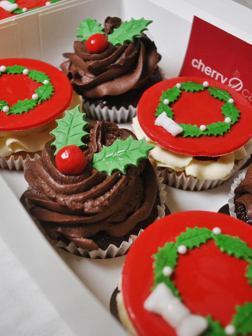 2020 Christmas Cupcake