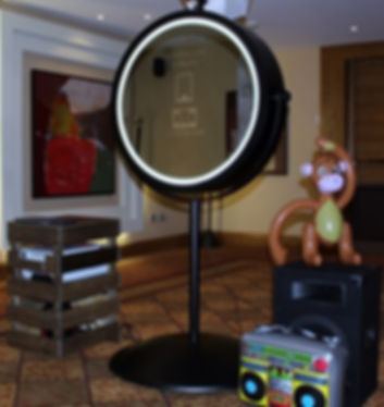 bespoke beauty mirror at the hilton glasgow