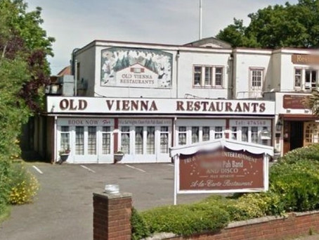 SANDHURST NEW HOMES TO DEVELOP OLD VIENNA RESTAURANT AND CROWSTONE SCHOOL & SOUTHEND'S FIRST BUILD-T