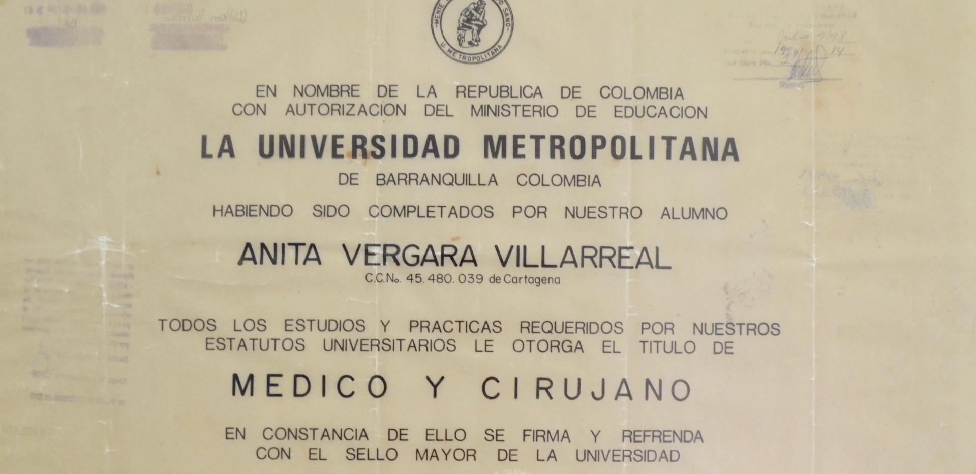 diploma medicina.jpg