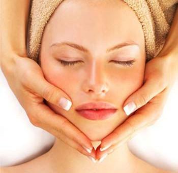 Tips de belleza: Humectación facial de noche