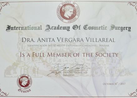 diploma international.jpg