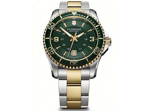 Montre Victorinox Maverick pour homme étanche 100m bracelet bicolore cadran vert