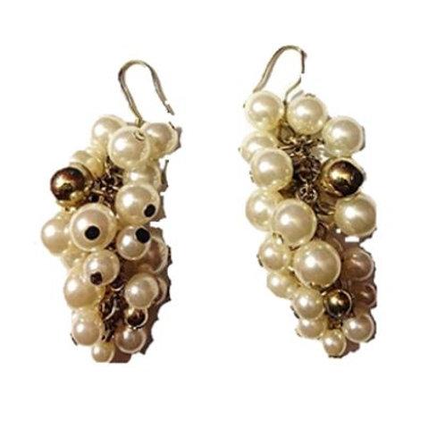 Boucles d'oreilles grappe de raisin en plaqué Or perle blanc nacré