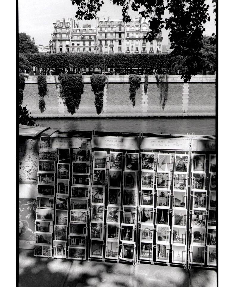 23 - 1999 - PARIS  Les quais.JPG