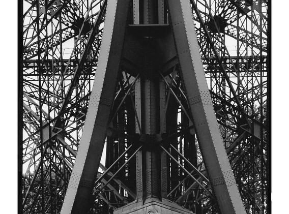 38 - 2005 - PARIS Tour Eiffel.jpg