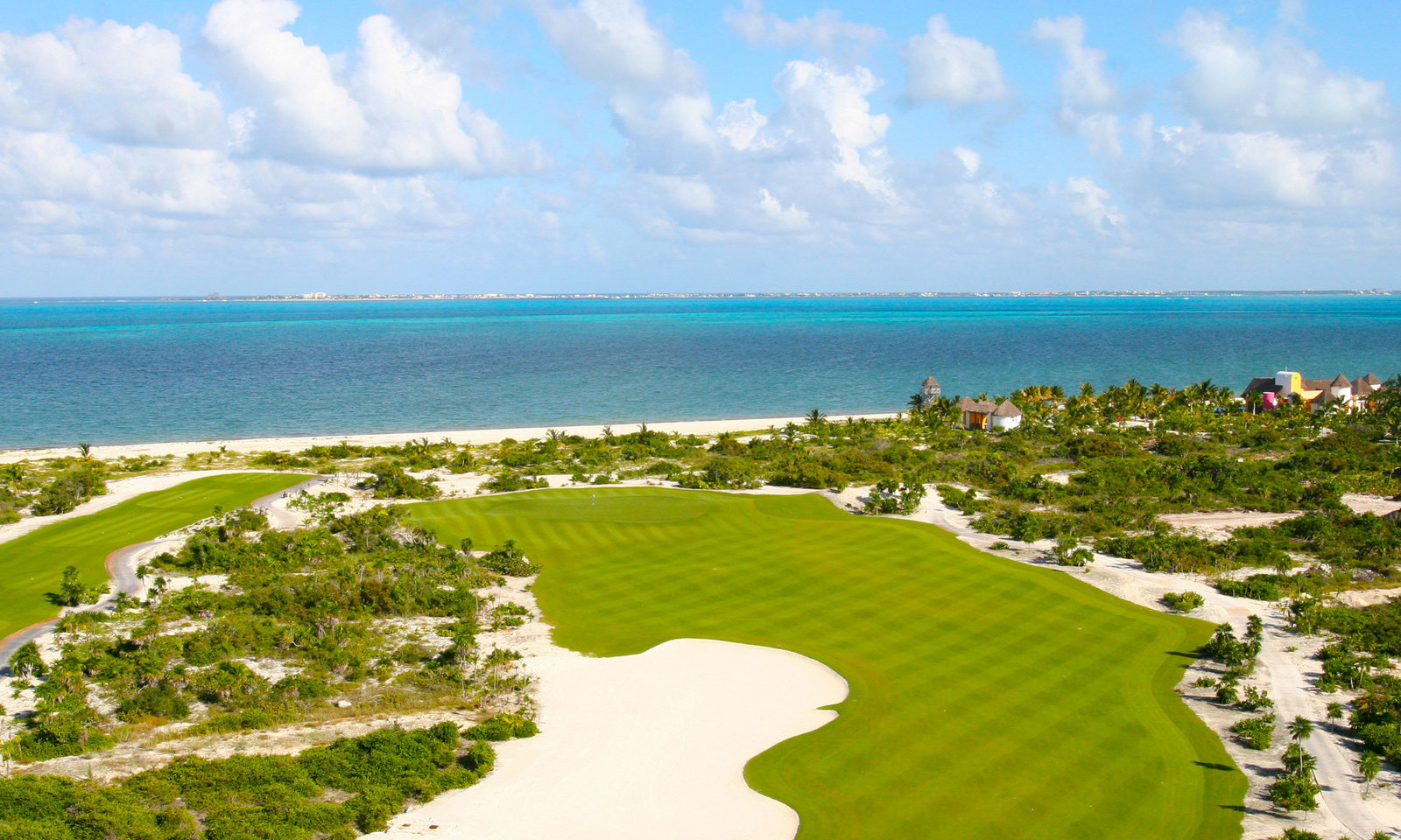 Golf course by the Caribbean Sea.jpg