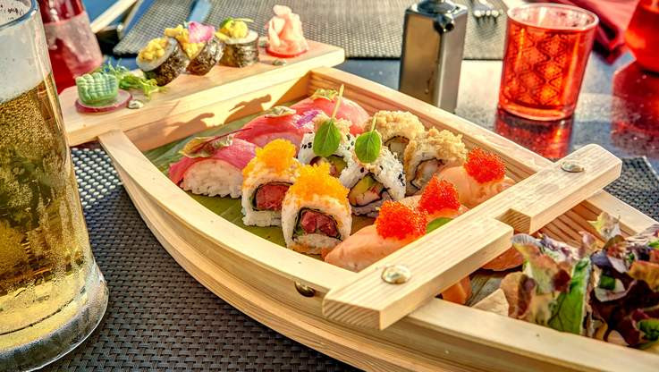 East Sushi & Teppanyaki Bar
