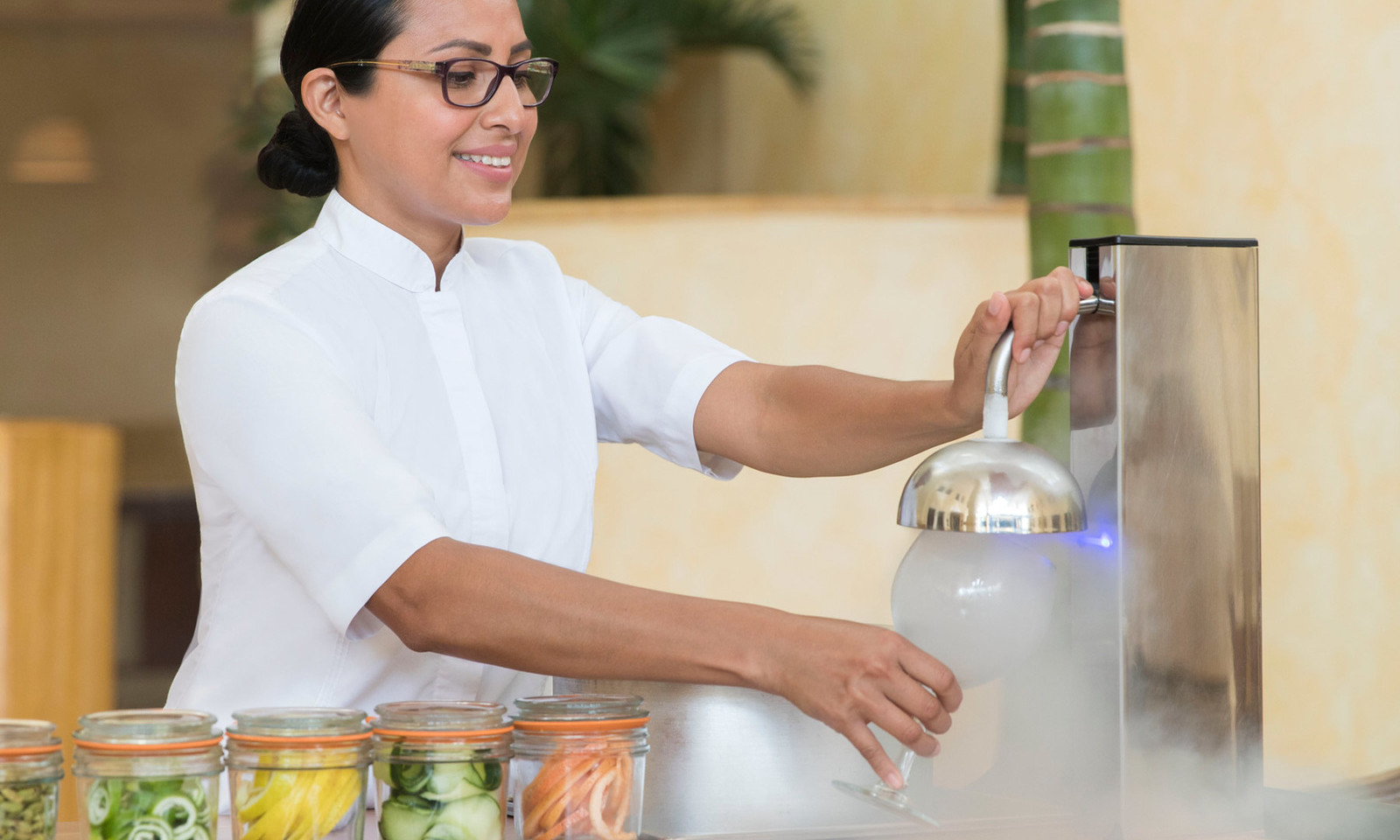 best-bars-in-cancun-at-excellence-playa-