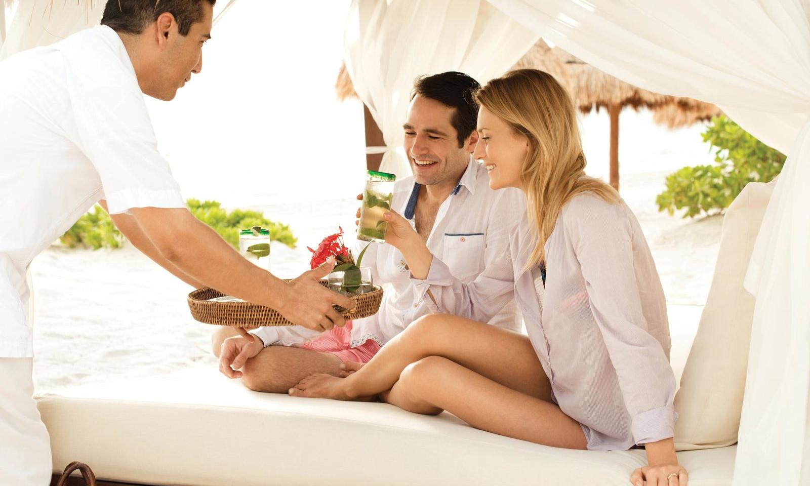 cancun-beach-resorts-excellence-playa-mu