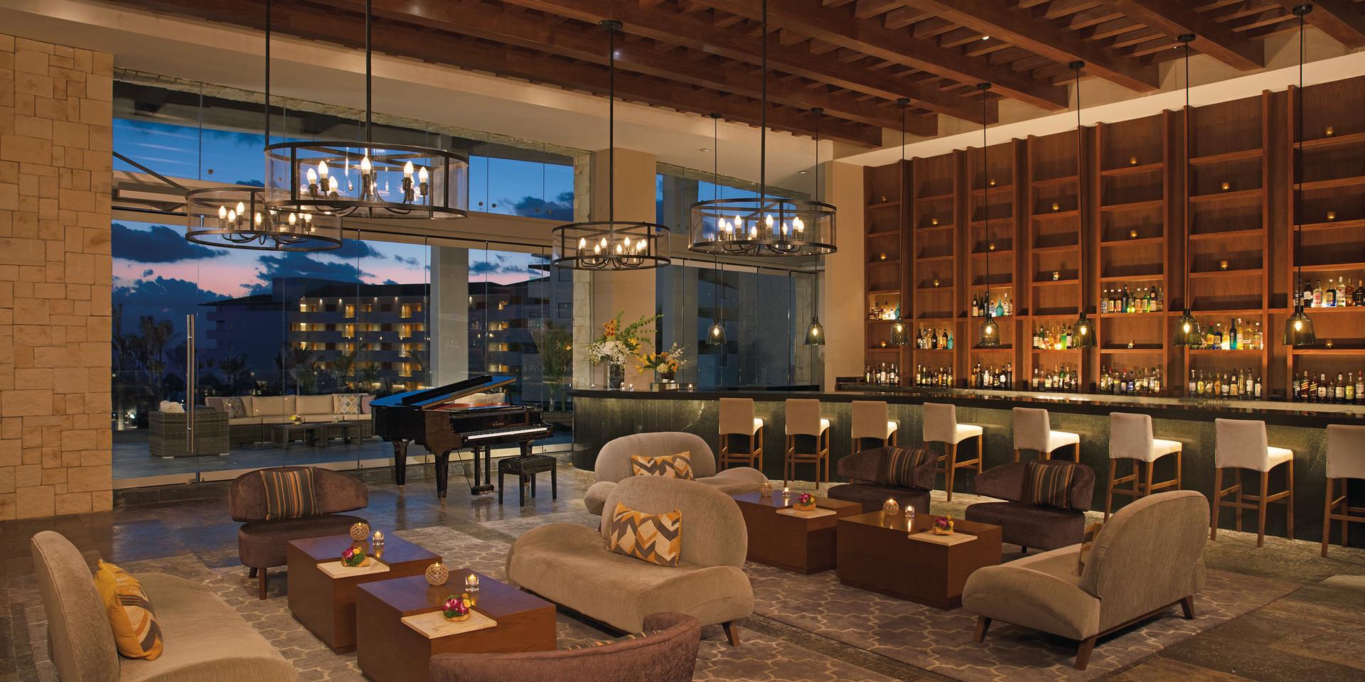Interlude   Lobby Bar