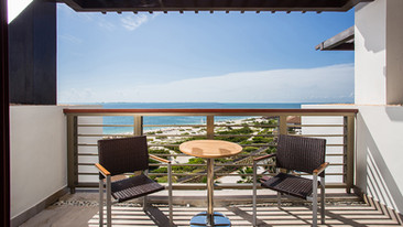 Junior-Suite-Ocean-View-terrace.jpg