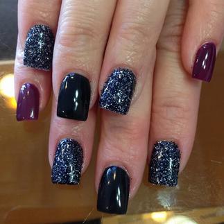 Nails by NailToepia