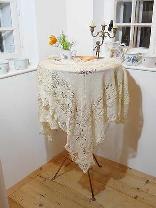 Tischdecken und Deckerl