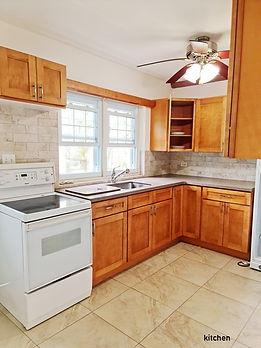 SOU059 kitchen.jpg