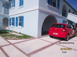 SAN082 exterior front & parking