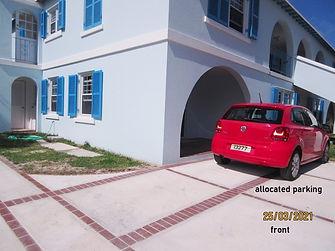 SAN082 exterior front & parking.JPG