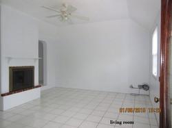 SMI040 living room