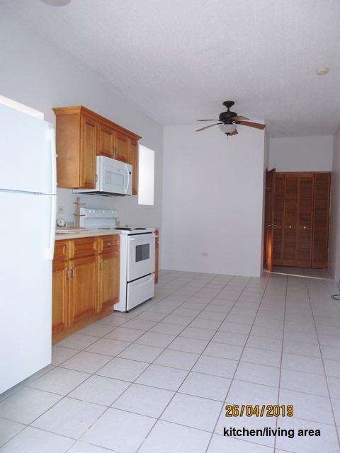 WAR058 kitchen-living area