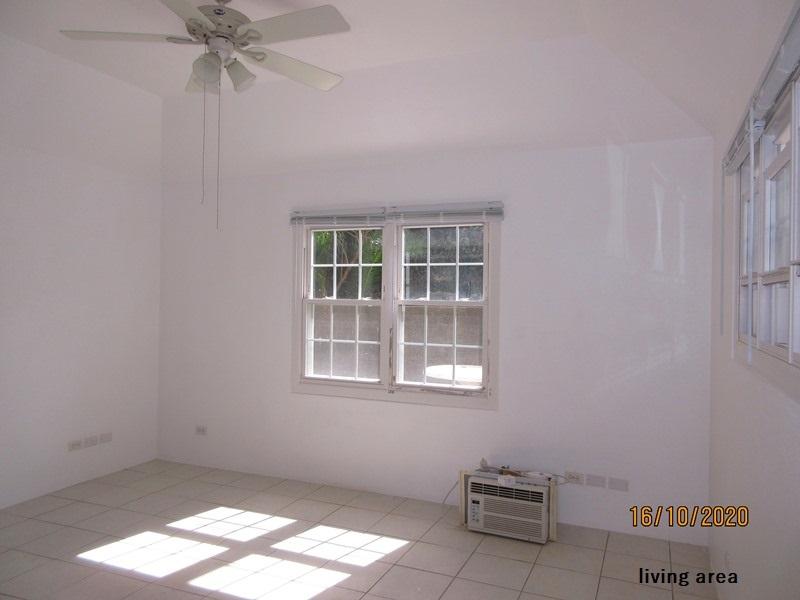 HAM107 living area (4)
