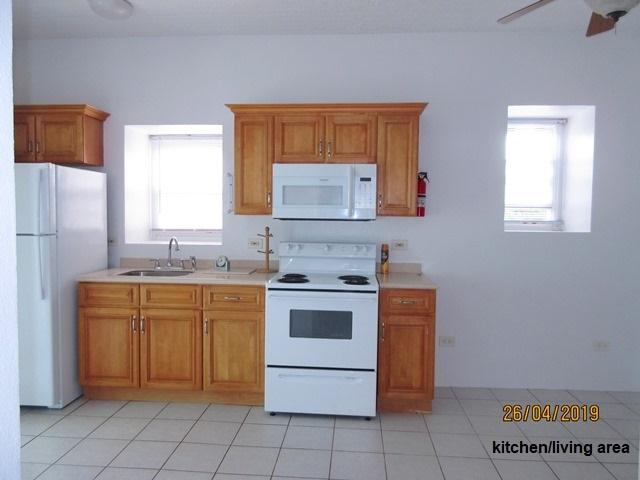 WAR058 kitchen area