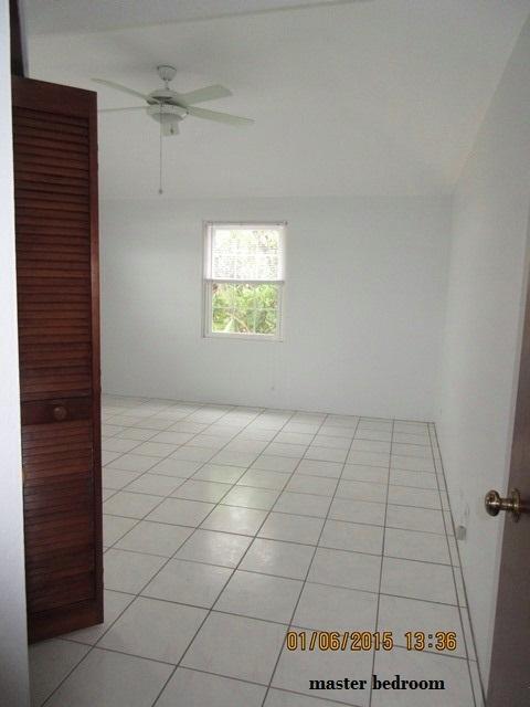SMI040 master bedroom (2)