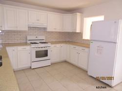 SAN082 kitchen