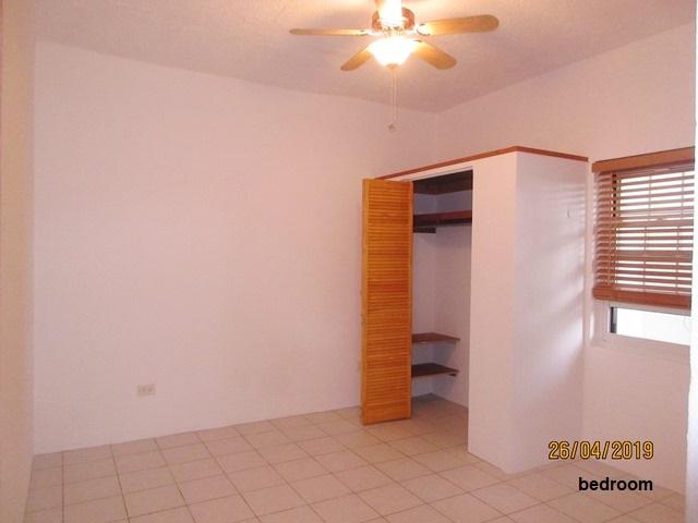 WAR058 bedroom