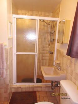 PEM072 bathroom (2)