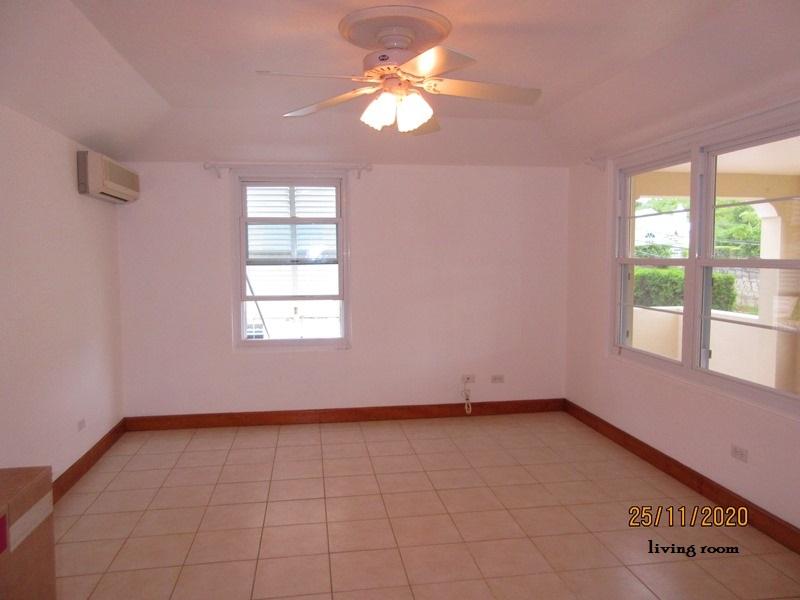 SMI012 living room