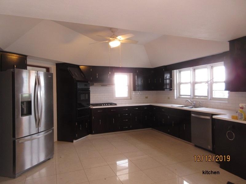 SOU063 kitchen