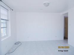 WAR006 living room (3)