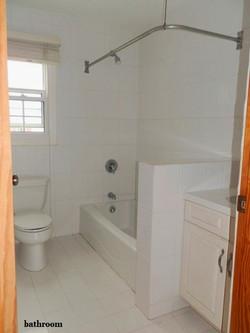 SMI021 bathroom