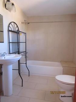 WAR110 bathroom