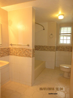 SMI048 bathroom (2)